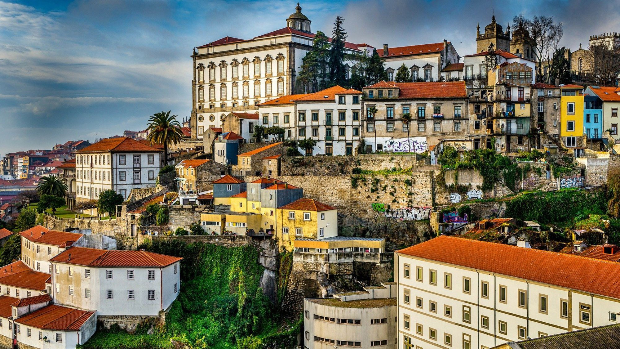 best time of year to visit portugal
